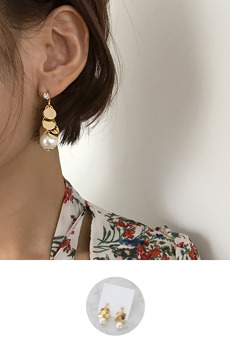 Grace No.5 (earring)